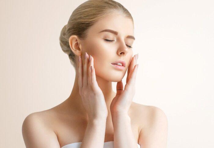 Dermaplaning: ¿Te afeitarías la cara?